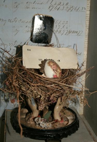 Hand_nest